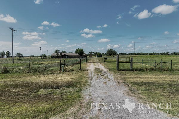 Medina County 12 Acre Ranch Image Gallery.