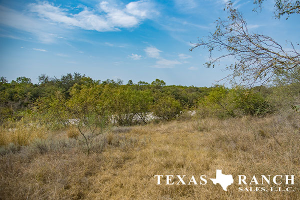 Uvalde County 44 Acre Ranch Image Gallery.