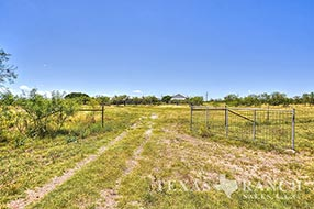 Ranch real estate image 924 acres Schleicher County